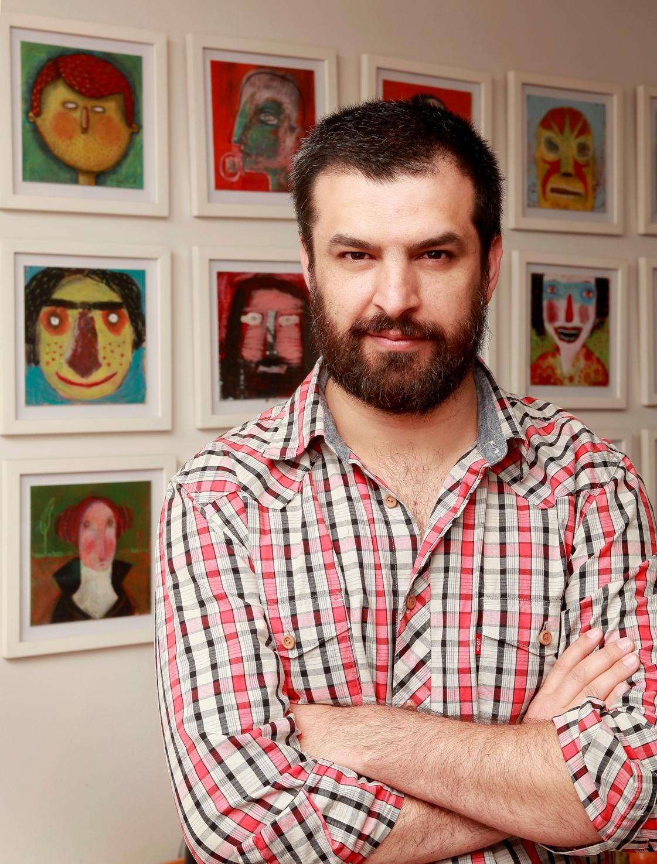 """""""Creo que hay ideas que son intolerables"""". Entrevista con Alberto Montt"""