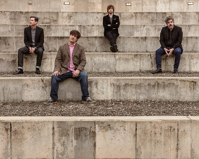 The Mountain Goats: dragones y gangsters a la orilla del mar