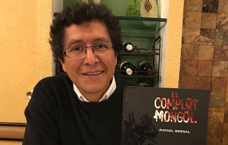 """""""El complot mongol"""", de Ricardo Peláez: La nueva tradición en la novela gráfica mexicana"""