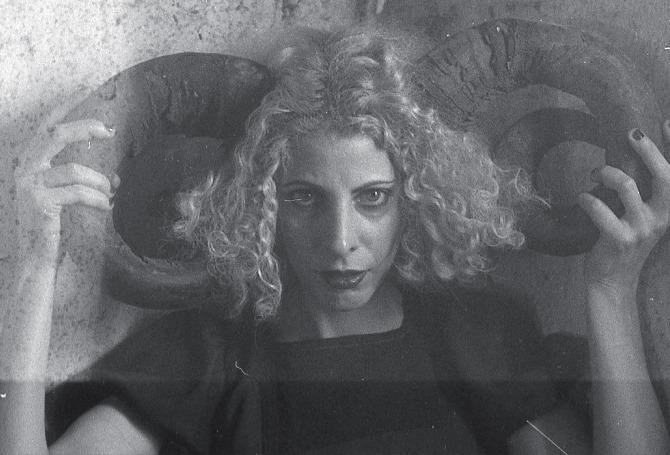 "#Proust - Daniela Zahra: ""A Burton le diría que haga una película de The Cramps"""