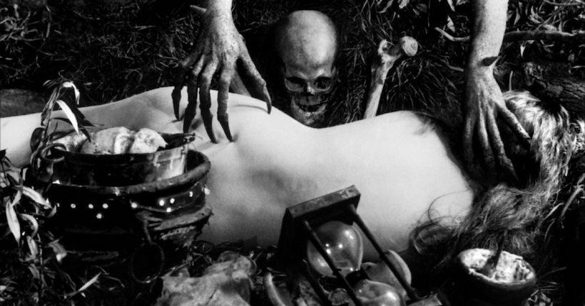 """""""La brujería a través de los tiempos"""", metaficción pesimista y oscura"""