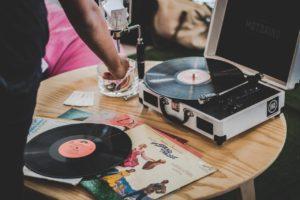 Pinchadiscos: una fiebre de música y baile